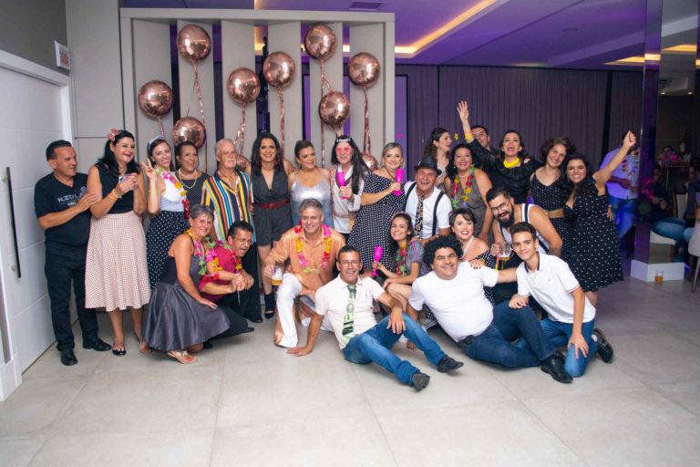 festa-anos-60-joinville-mara (27)_Easy-Resize.com